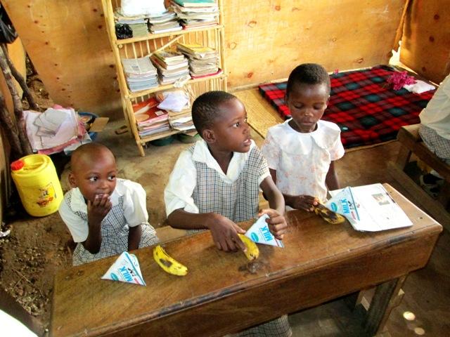 Besuch unserer Patenschule in Kenia im März 2013