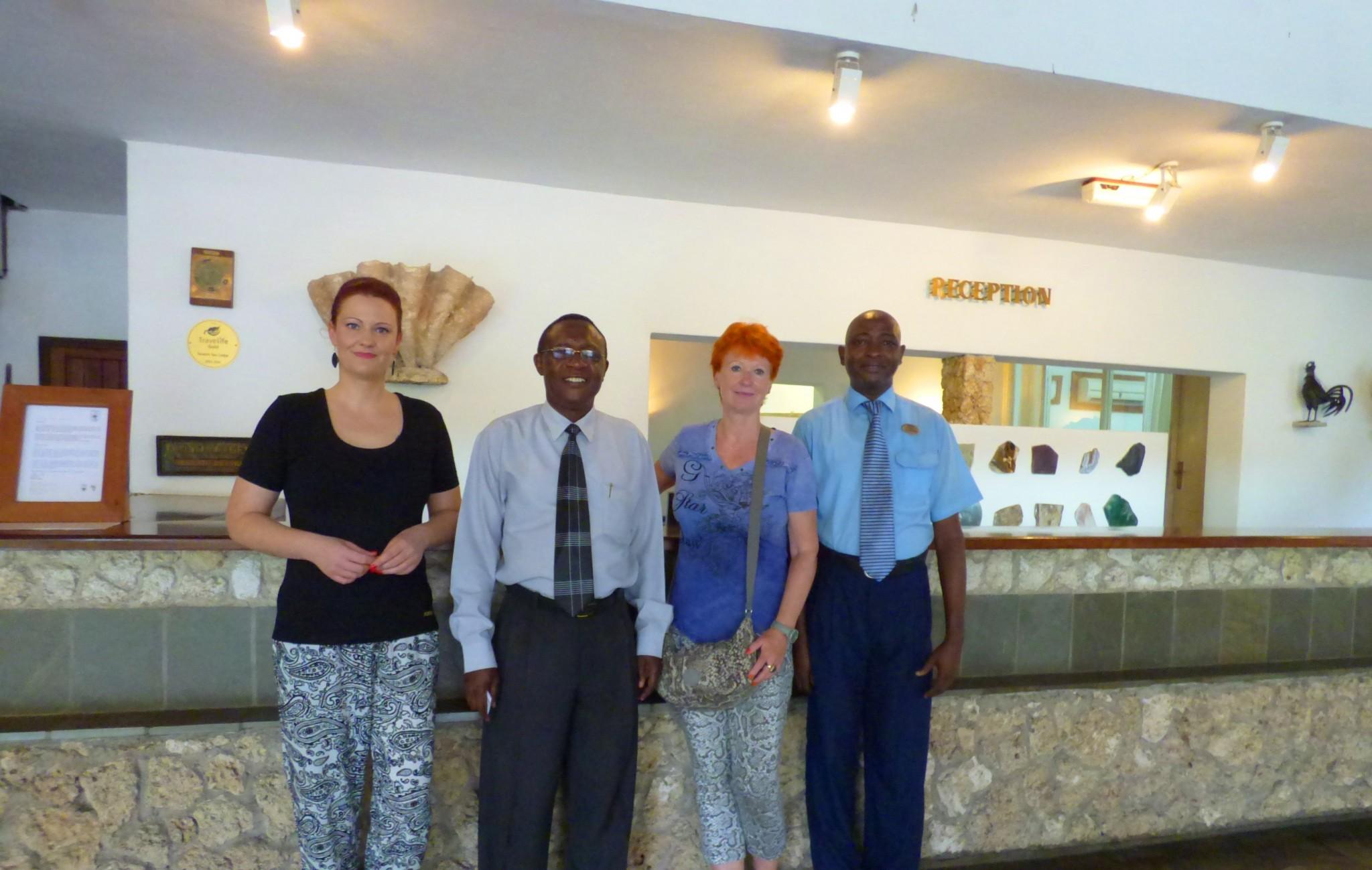 Frau Marina und Judith Schmidt vom Reisekontor Schmidt zu Besuch in der Severin Sea Lodge