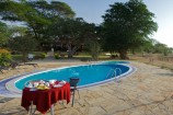 Pool der Ashnil Aruba Lodge