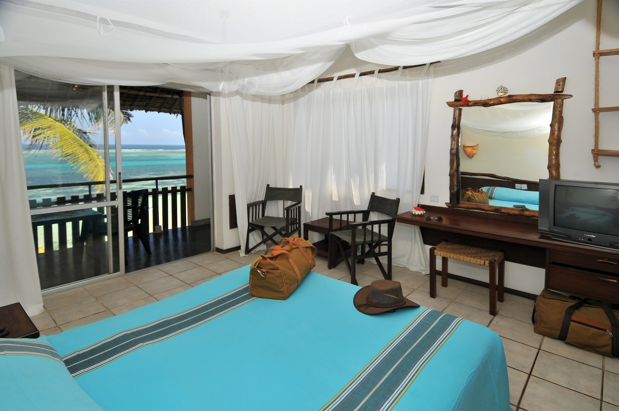 bahari beach hotel buchen. Black Bedroom Furniture Sets. Home Design Ideas