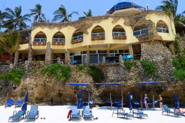 Blick auf das Bahari Beach Hotel vom Nyali Strand