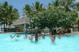 Pool-Volleyball im Bamburi Beach Hotel