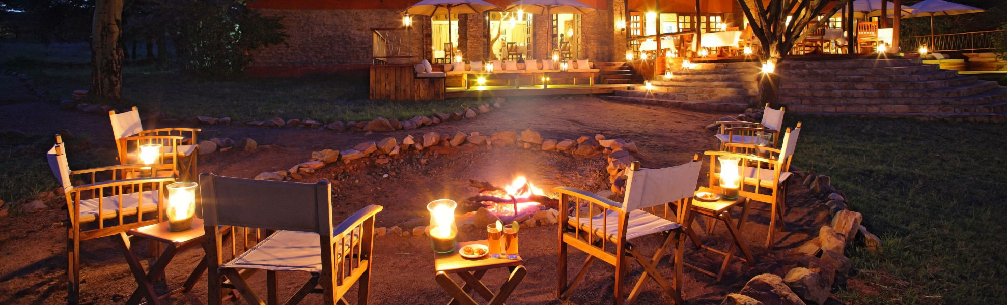 Lagerfeuer im Mara Bushtops Camp im Masai Mara Schutzgebiet