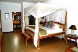 elegante Zimmerausstattung im Ocean Village Club
