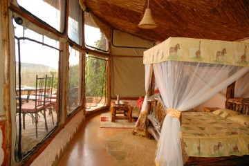 Rhino Valley Lodge im Tsavo West