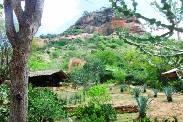 Rock Side Camp am Tsavo Nationalpark