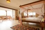 Zimmer mit Balkon und gehobener Ausstattung im Royal Zanzibar Beach Resort