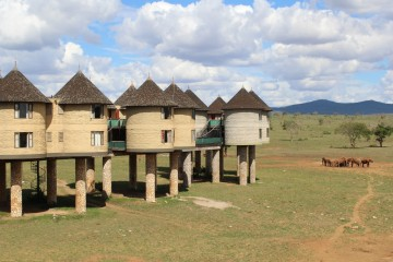 Sarova Saltlick Game Lodge auf Stelzen