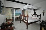 Meerblick-Zimmer mit Balkon im Southern Palms Beach Resort