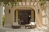 Terrasse eines Zimmers im Swahili Beach Resort