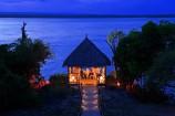 Abendstimmung im Pavillon des Temple Point Resorts