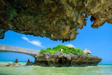 Cottage auf einem Felsen in der Lagune des Hotel The Sands at Chale Island