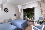 Blick vom Zimmer in den Garten des Voyager Beach Resorts