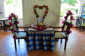 Honeymoon Tisch in der Diani Sea Lodge