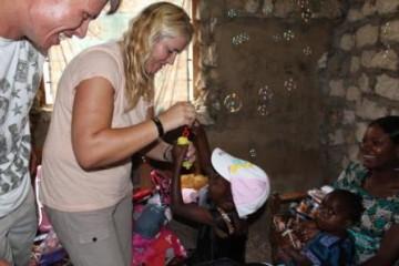 Familie Kaminski besucht Patenkinder