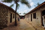 Schulgebäude unserer Patenschule in Kenia