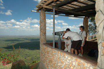 Ausblick von der Ngulia Safari Lodge Ngulia Berge Kenia