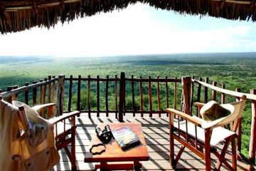 Lion-Bluff-Lodge-und-Camps-auf Safari-in-Kenia