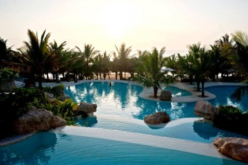 Swahili-Beach-Resort-Diani-Beach Kenia Poollandschaft