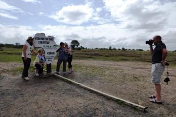 Kenia Gruppenreise zum Äquator mit Keniaspezialist Reisekontor Schmidt Kenia-Urlaub mit Kenia Safari Reise