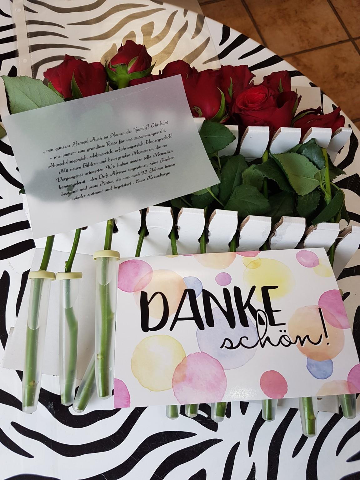 Blumen Überraschung für Kenia Spezialist Reisekontor Schmidt keniaurlaub.de