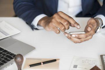 M-Pesa bargeldloses Zahlen in Kenia per Handy