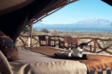 Satao Elerai Camp - Ausblick vom Zelt während einer Kenia Safari mit Keniaspezialist keniaurlaub.de Reisekontor Schmidt Leipzig