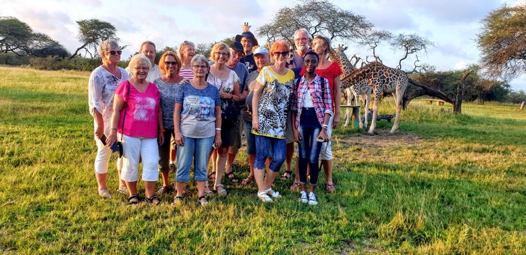 Kenia Reise mit Masai Mara Safaritour mit KeniaSpezialist Keniaurlaub.de Reisekontor Schmidt Leipzig, Safari Tour - Abschlussabend im Nguuni Sanctuary