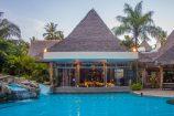 """Swim up Bar"" im Hotel Severin Sea Lodge Kenia"
