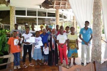 Kinder unserer Kenia Patenschule Keniaurlaub.de