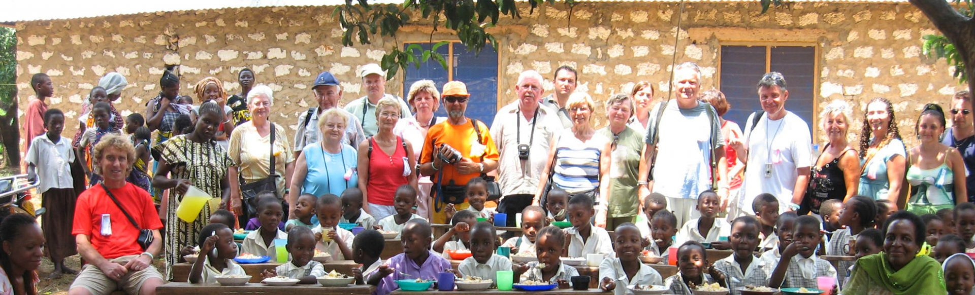 Pateneltern besuchen Reisekontor Schmidt Schulprojekt in Kenia