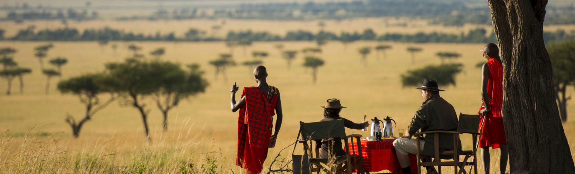Frühstück in der Savanne im Kilima Camp im Masai Mara Reservat