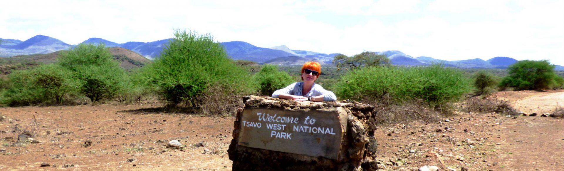 Marina Schmidt, KeniaSpezialist Reisekontor Schmidt, im Tsavo West Nationalpark Kenia