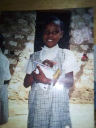 Patenkind Grace grüßt aus Kenia