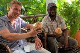 Mit Safariguide Ruwa in Kenia unterwegs - Pause in einer Safari Lodge